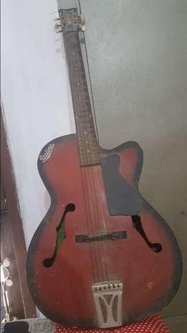 Italina Guitar