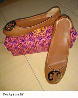 Sepatu sandal import Batam..