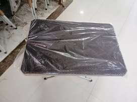 Folding tables full plastic tables available 0305//4613692