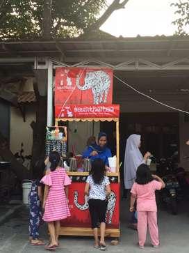 Booth dan Paket Kemitraan Franchise waralaba Thai Tea Terlaris