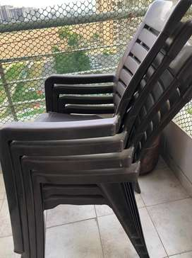 Neelkamal plastic 2 chairs and table