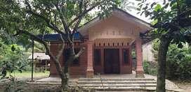 Dijual Rumah Full Keramik dan Tanah Luas Murah
