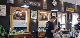 Cermin barbershop