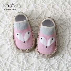 Sepatu kaus kaki gambar kartun Pink anti slip