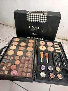 Palet Makeup PAC
