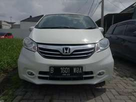 Honda Freed 1.2L Type S AT 2015 Mobil Idaman