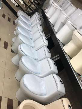 ONE PIECE TOILET COMMODE