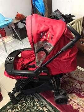 Kereta dorong bayi ( stroller ) merk elle