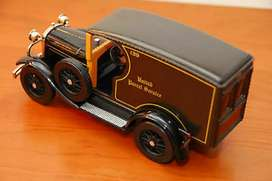 UNITED PARCEL SERVICE DIE CAST 1929 MODEL A DELIVERY VEHICLE