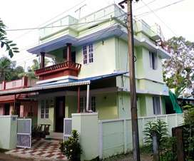 Ready to occupy 3 bhk 900 sqft house at vatapuzha aluva road alangad