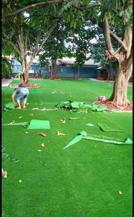 Pembuatan Taman Bermain Anak Dengan Pemasangan Rumput Sintetis
