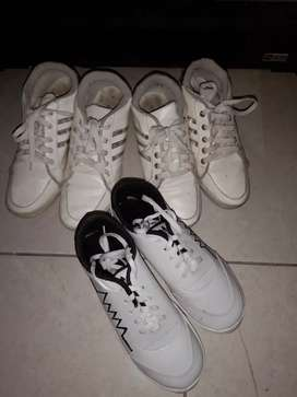 Sepatu Sneakers (PAY 2 GET 3)