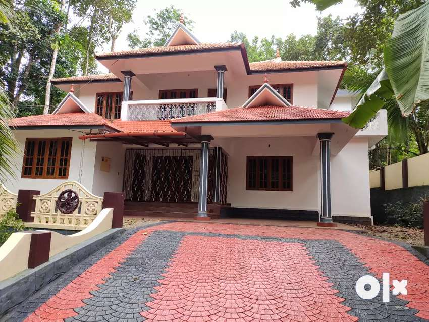 16 cent plot with 2500 sq ft House near main road 0
