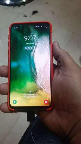 Samsung s10e good  condition