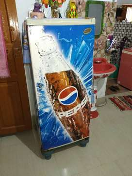 Tata Voltas Fridge ( 5 to 6 Years Old )