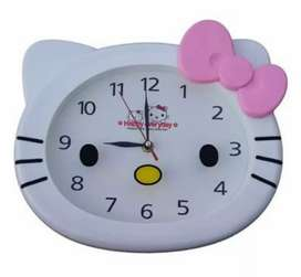 JAM DINDING KEPALA HELLO KITTY
