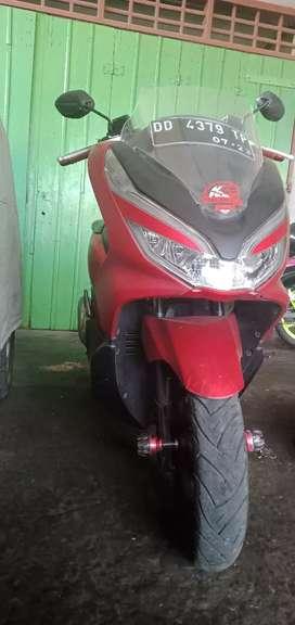 Jual Honda metik PCX ABS