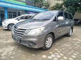 Toyota kijang innova E 2.5 2013