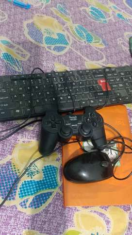 Hp mouse and inter keyboard with joystick