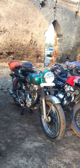 Royal Enfield 350 Cast Iron-Well maintained- SERIOUS BUYERS ONLY