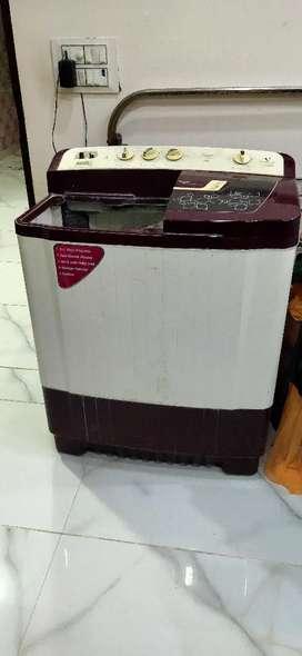 Videocon semi automatic washing maching