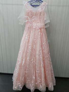 Women imported gowns and dresess