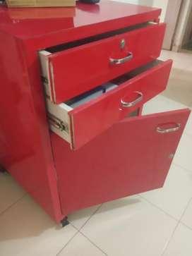 Amul shop furniture