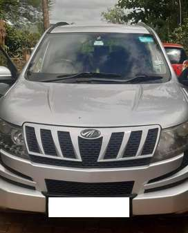 Excellent condition Well maintained XUV500 w8 variant for sale