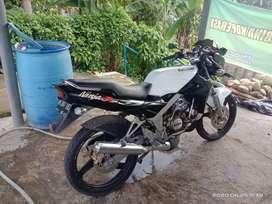 ○dijual Kawasaki ninja R tahun 2012
