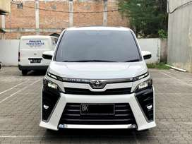 Toyota Voxy 2.0L 2018 Pemakaian 2019 , Mobil Simpanan
