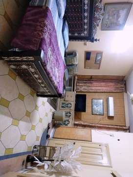 House in guest house daily rent 2500