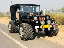 Open black modified jeep