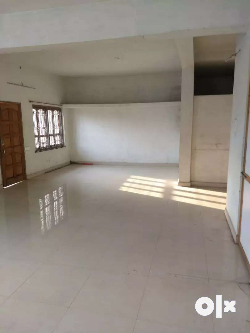 600 sqft. Space at Trimurti Nagar for Restorent available for rent 0