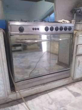 Glass door cooking Range