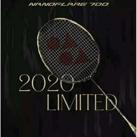 Raket Badminton Yonex Nanoflare 700 Limited + Senar + Grip + Tas