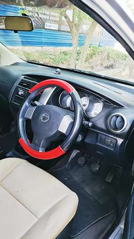 Grand Livina XV 2013 New Model Milik Sendiri no Maklar