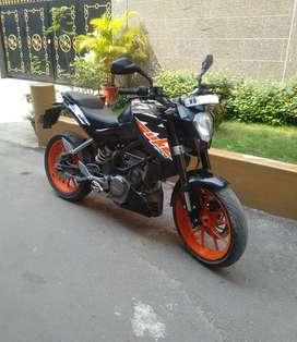 Sell KTM Duke 200 cc brand new showroom condition bike