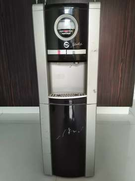 PEL Sverline PLS681 SL Two Tap Water Dispenser in Excellent Condition