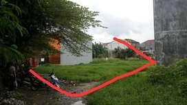 Di Jual Tanah 180 m2 dekat kampus UNPAM. Tag-Sel