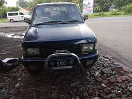 Isuzu Panther Grand Royal 97