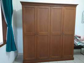 Lemari Kayu 4 pintu (rangka jati!, kayu solid)