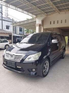 Toyota Innova Diesel 2012