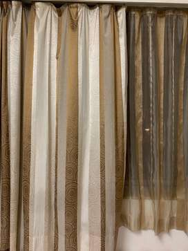 Set of 4 light curtains (Sheer and curtain)