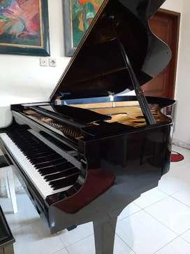 GRAND PIANO YAMAHA C3