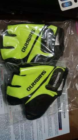 Sarung Tangan Gowes (Glove)