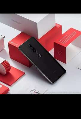 OnePlus model available Dhamaka offer
