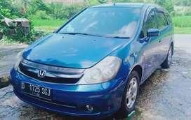 HONDA STREAM S7A 1.7 AT 2004