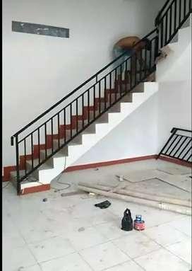 Reling tangga dan pagar