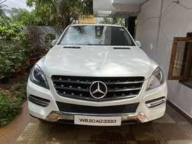 Mercedes Benz 4-matic ML 250 CDI, 5 seater.