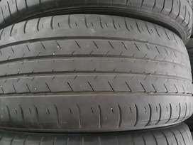 Ban hrv / camry . 17 . 215 55 . Dunlop